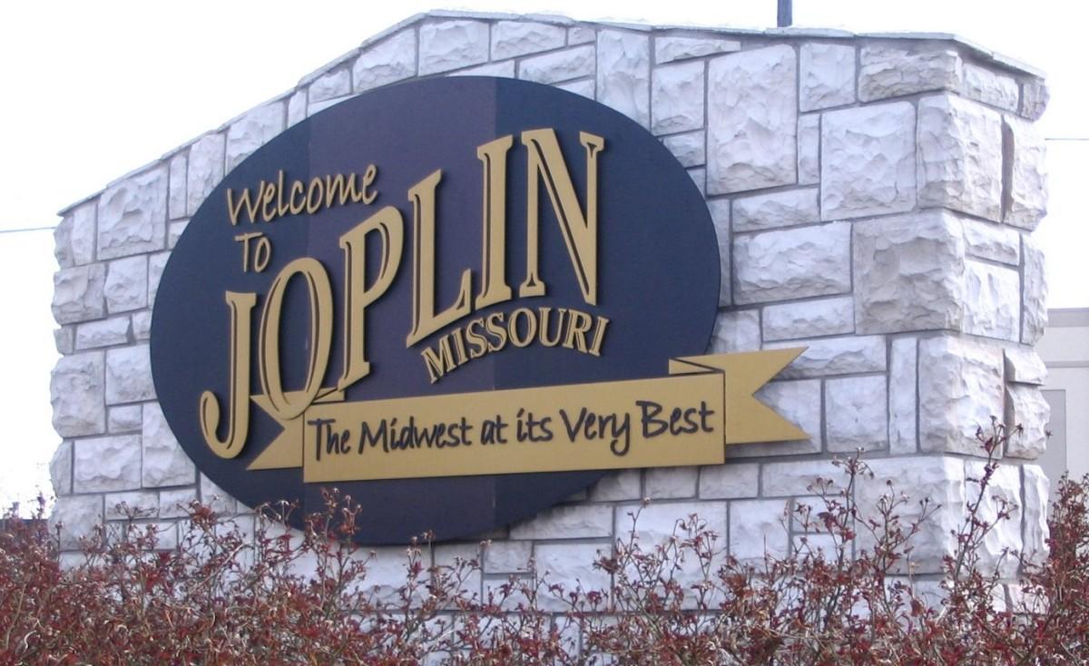 Jet Setter Pharmacist Have It All In Joplin Mo